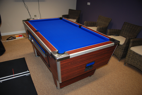 SHand_Pool_table
