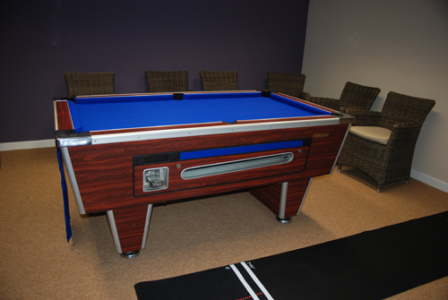 SHand_Pool_table_1